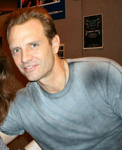 Michael Biehn Archive - London Film and Comic Convention - 6 November 2004
